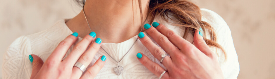 Pain-Free Jewelry Lets You Shine