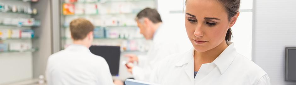 pharmacist manage medications